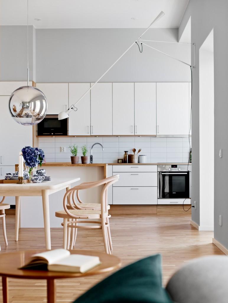 Koggens gränd kitchen and dining area